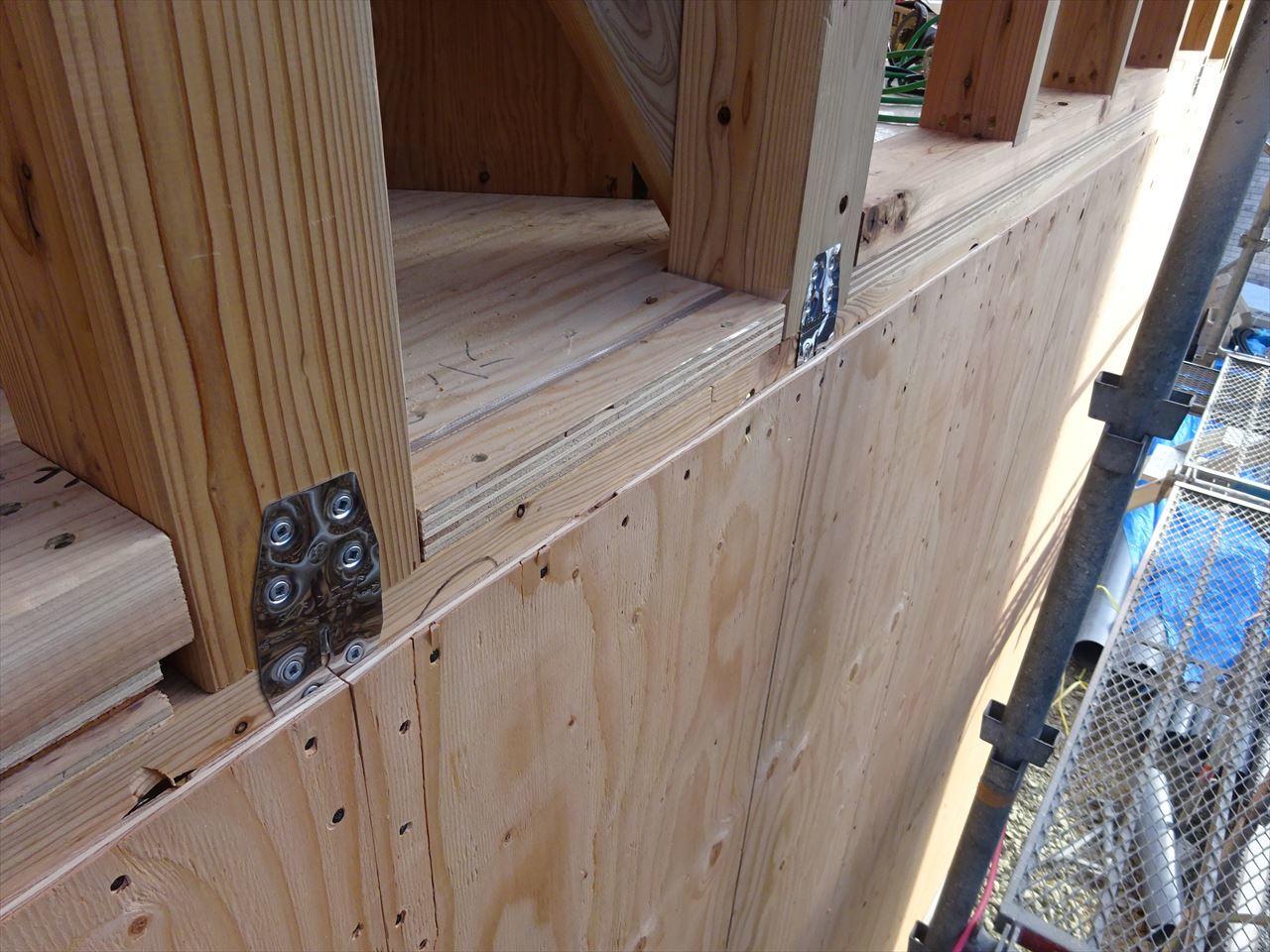 下太田 古材新築の家 建て方作業進行中です。_f0105112_04083124.jpg