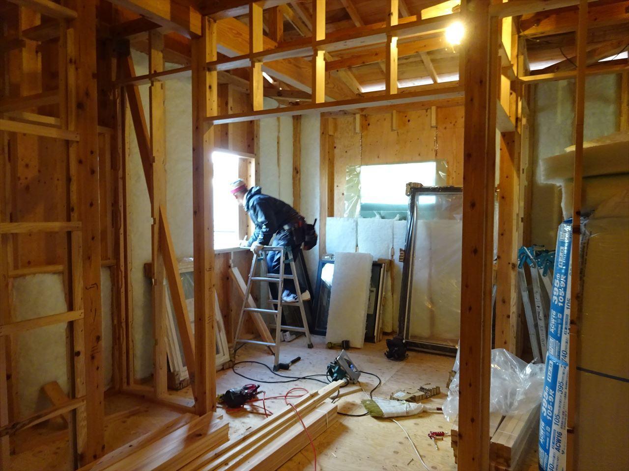 下太田 古材新築の家 建て方作業進行中です。_f0105112_04272493.jpg