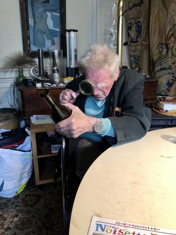 外出制限の日常〜2 9日目 92歳 ワイン評論家 ミッシェル・ドヴァーズさんの場合_a0231632_06275064.jpeg