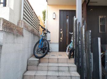 自転車の置き場所に困ってませんか?_c0146040_18485575.jpg