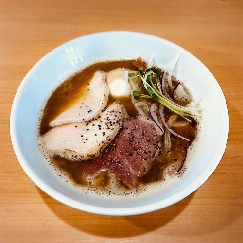 らぁ麺 丸山商店_e0292546_07104284.jpg