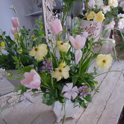 オークリーフ花の教室(岡原さんと山田さんの作品)_f0049672_19172992.jpg
