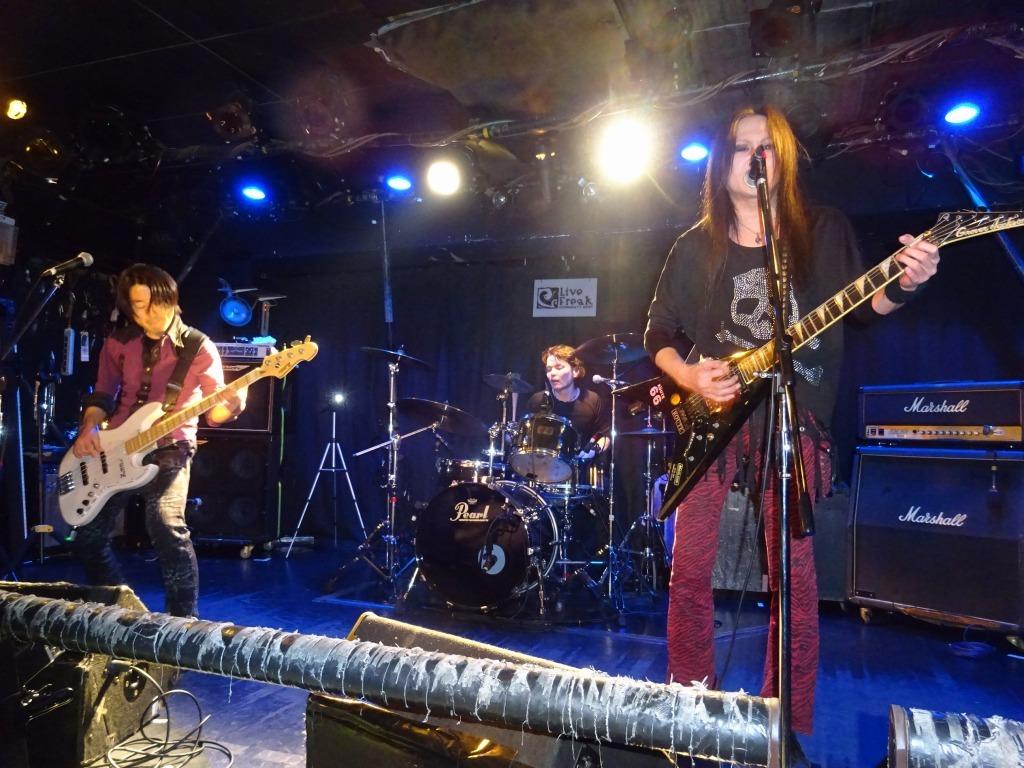 昨日は新宿ライブフリーク、世界規模C-SHOCKのさなか、ありがとうございました~_d0061678_12160959.jpg