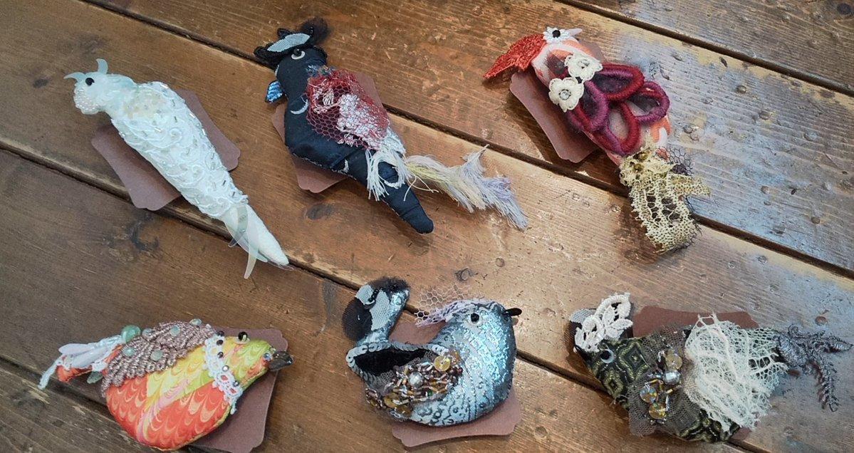 関西つうしん【鳥展 vol.10】堀智美さん作品紹介。通販、オーダーも受付中です!_d0322493_00112149.jpg
