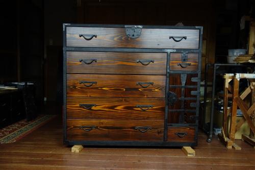 古い和家具のリメイク 2020.03.19_c0213599_21411974.jpg