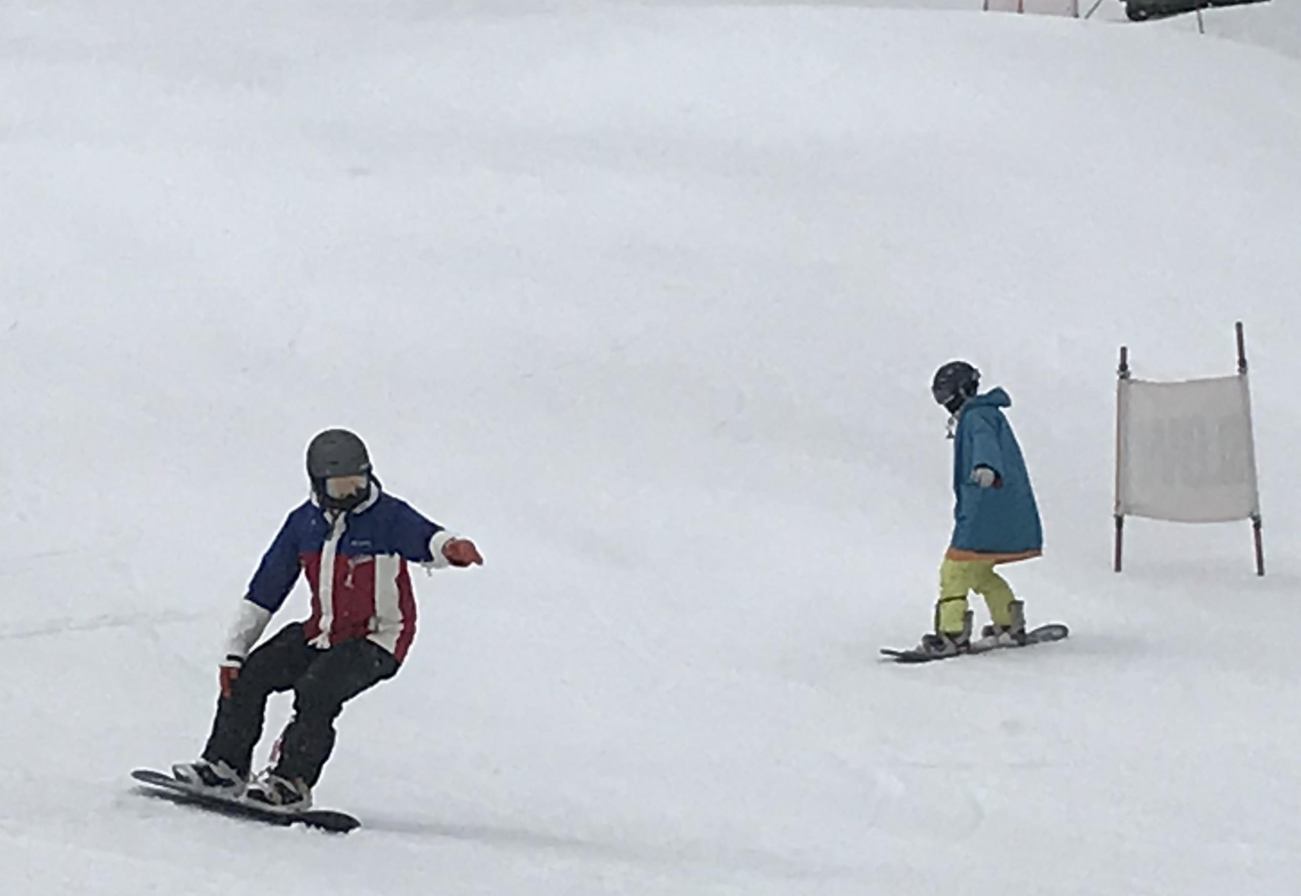 雨だけど雪は滑る_a0150315_21022291.jpeg