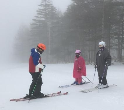 雨だけど雪は滑る_a0150315_21024247.jpeg