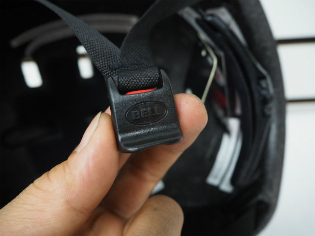 併せてヘルメットも!_c0225621_22011484.jpg