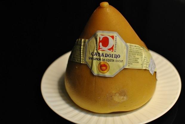 スペイン土産にチーズ_b0129725_17372070.jpg