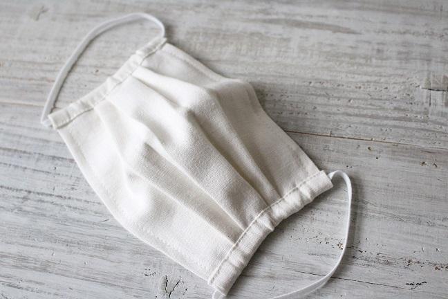 手作りの布製マスクの洗い方紹介&プリーツマスク試作中♪_f0023333_22352231.jpg