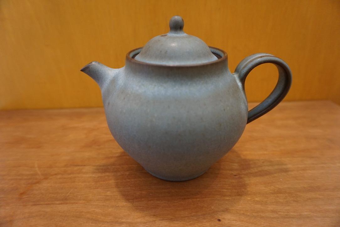 鯨井円美さんのポットとマグカップ_b0132442_18021157.jpeg