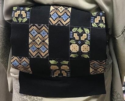 ご来店のお客様・岡山工芸の素敵な桜の羽織。_f0181251_18470863.jpg