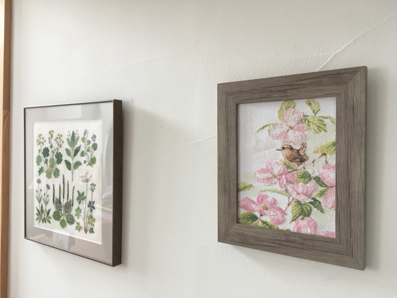 額装  pink of flowers with a little bird_a0374562_12355777.jpeg