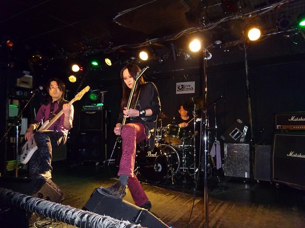 【写真集】RÖUTE LIVE!新宿ライブフリーク 令和二年三月二十五日 ライブ前後のひとこまも_d0061678_13435393.jpg