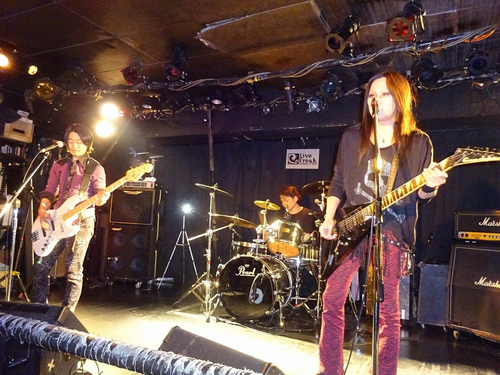 【写真集】RÖUTE LIVE!新宿ライブフリーク 令和二年三月二十五日 ライブ前後のひとこまも_d0061678_13440047.jpg