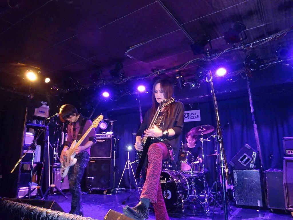 【写真集】RÖUTE LIVE!新宿ライブフリーク 令和二年三月二十五日 ライブ前後のひとこまも_d0061678_13443906.jpg