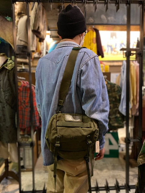 4月1日(水)マグネッツ大阪店、春ヴィンテージ入荷!!#2 U.S.Military Bag編!! Navy MusetteBag & Mark133 MOD2、M-432A!!_c0078587_2342941.jpg