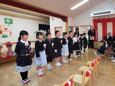 かわうち保育園卒園式_d0003224_15252605.jpg