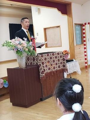 かわうち保育園卒園式_d0003224_15255555.jpg