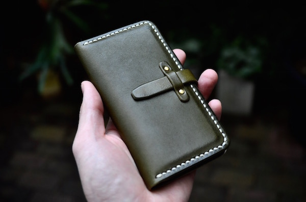 iphone 11 pro leather case book type_b0172633_19263073.jpg