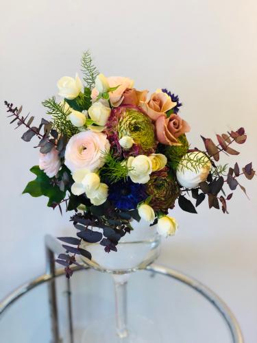 まだまだ混乱が続いていますが、そんな時だからこそやはりお花に癒されます。_d0139350_18435524.jpg
