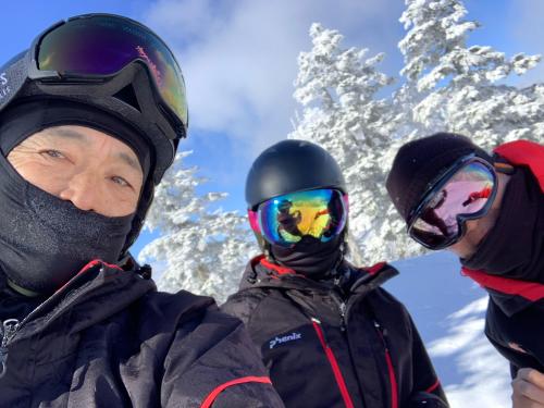 今シーズン最後のスキーは天元台❗️_a0044162_19542995.jpg