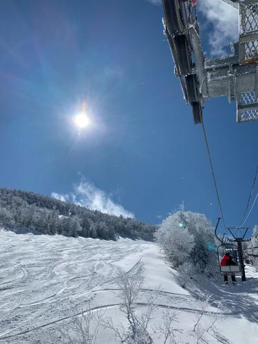 今シーズン最後のスキーは天元台❗️_a0044162_19562643.jpg