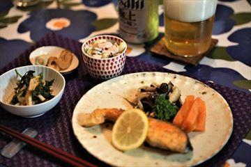 サーモンムニエルとワタシの簡単昼ご飯!_d0367191_12280729.jpg