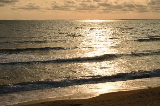 海、夕暮れ_e0414191_06070765.jpg