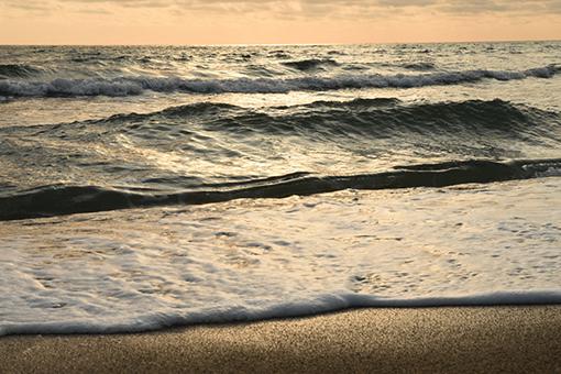 海、夕暮れ_e0414191_06072103.jpg