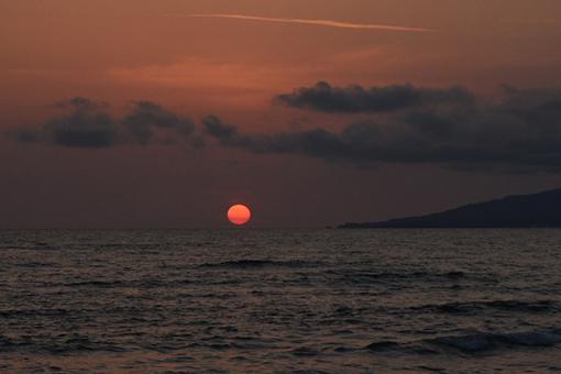 海、夕暮れ_e0414191_06091679.jpg