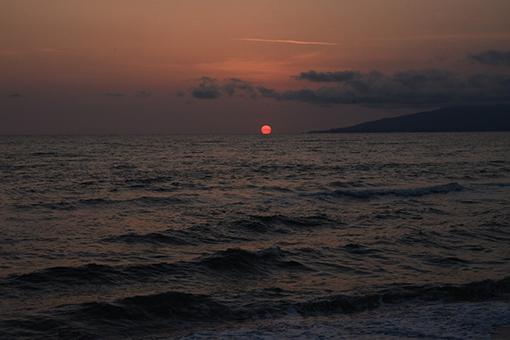 海、夕暮れ_e0414191_06092408.jpg