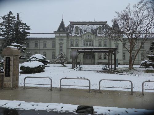 重文本館の昼下がり、「彼岸過ぎまで七雪」2020.3.29_c0075701_14173815.jpg