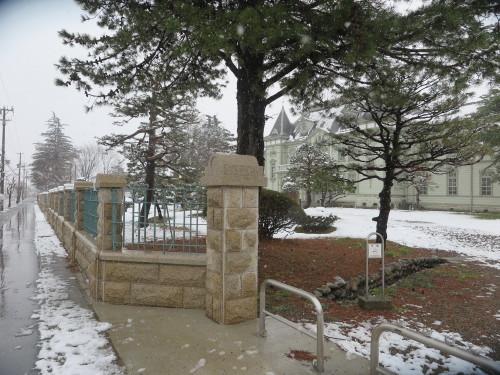重文本館の昼下がり、「彼岸過ぎまで七雪」2020.3.29_c0075701_14184868.jpg