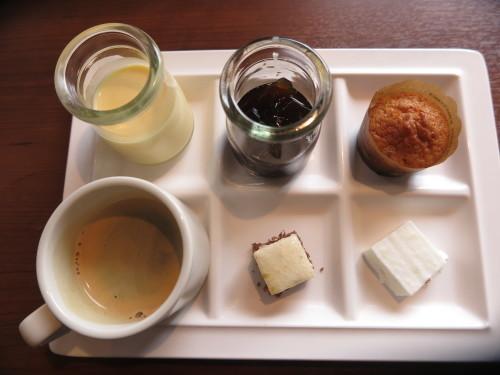 朝:芋もっち&焼き餅 昼:ピソリーノでパスタ&ピザ 夜:_c0075701_19005533.jpg
