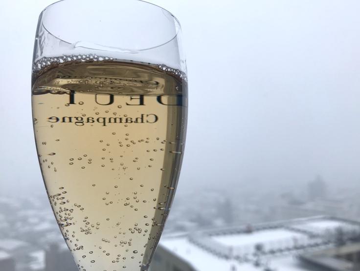朝7時 雨が雪にかわりました @神奈川県北部_c0212604_9295461.jpg