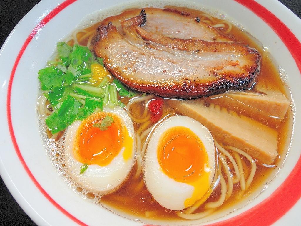 自家製麺 SHIN(新)@反町_c0395834_22040532.jpg