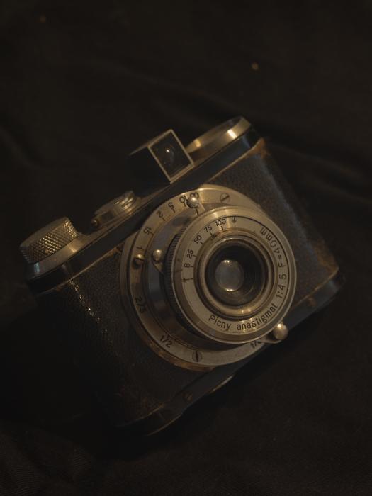 焦点工房 Nikon Fマウント~ライカLマウントアダプターwith Zeiss 1億8千万画素テスト_f0050534_14264757.jpg