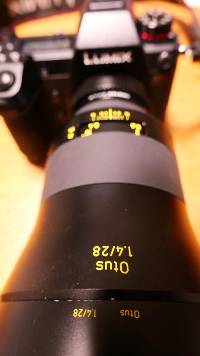 焦点工房 Nikon Fマウント~ライカLマウントアダプターwith Zeiss 1億8千万画素テスト_f0050534_14292941.jpg