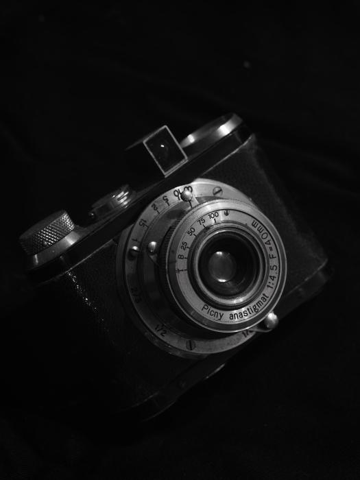 焦点工房 Nikon Fマウント~ライカLマウントアダプターwith Zeiss 1億8千万画素テスト_f0050534_14421301.jpg