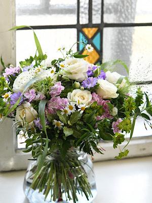 *小花のブーケ *_e0159050_21312214.jpeg