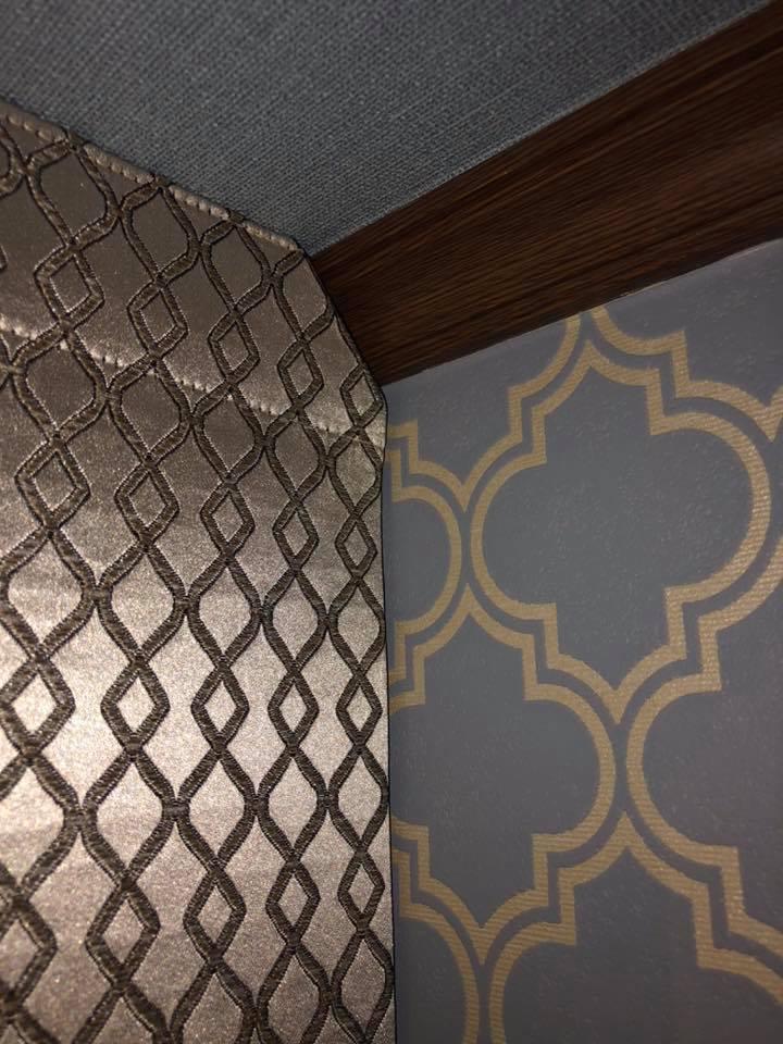 No.14階段廻りの壁紙張替えとカーテンの掛け替え_e0133255_18473244.jpg