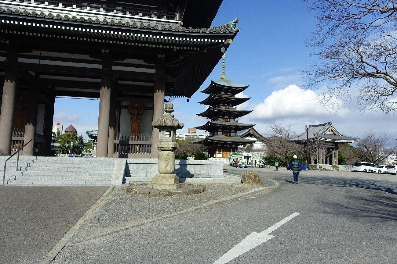 覚王山 日泰寺_c0112559_08222796.jpg