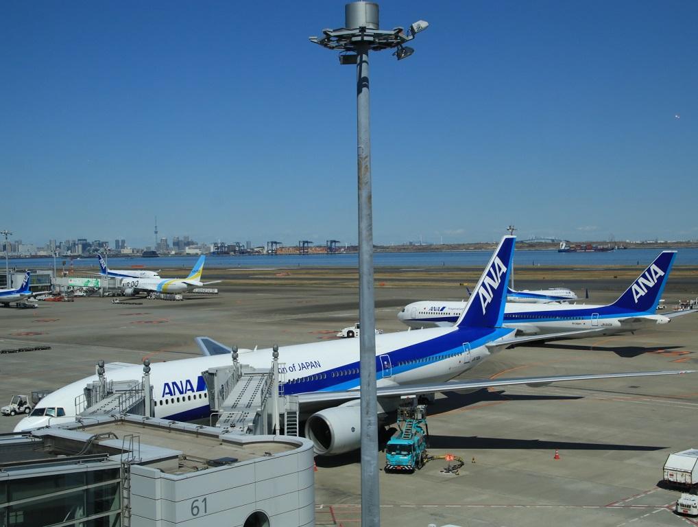NH22便 羽田へ (用事があり)3月11日_d0202264_4131312.jpg
