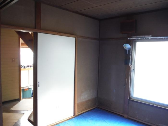 床上浸水 ~ 和室6畳間から開始です。_d0165368_07494039.jpg
