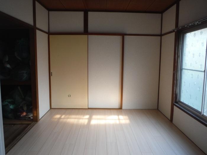 床上浸水 ~ 和室6畳間から開始です。_d0165368_07521564.jpg