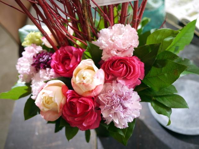 歓迎のアレンジメント。澄川3条にお届け②。「ピンク系、大人っぽく、優しい感じ」。2020/03/24。_b0171193_17105195.jpg