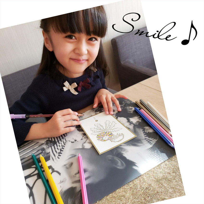 優しい花色鉛筆と雪色鉛筆・・・ガラスのチェスとウズラの卵ちゃん。_d0224894_19162135.jpg