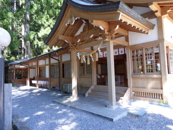 高賀渓谷と高賀神社(渓流シリーズパート2)_e0336405_14404582.jpg