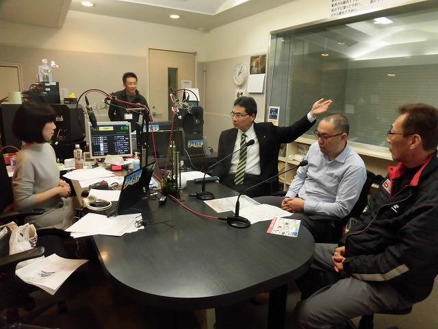 今年の富士市の満開は今週末? ラジオfの「グリーン&ブラウン」に出演_f0141310_07574119.jpg
